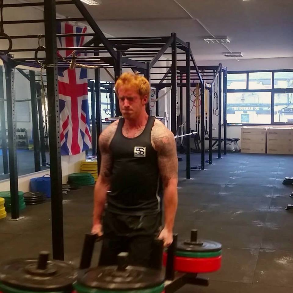 200kg Farmers Walk – Macclesfield Strength and Conditioning